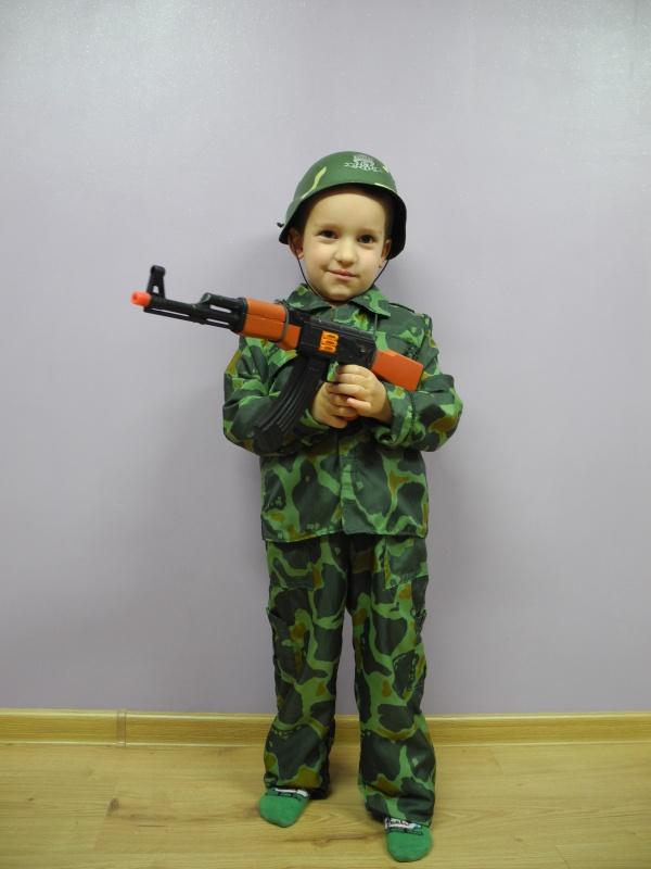 Żołnierz rozm. 110