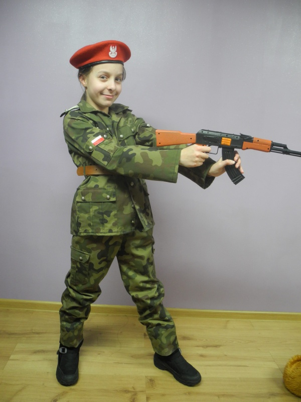 Żołnierz rozm. 140-145