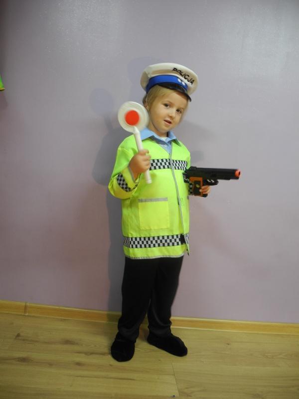 Policjant rozm. 110